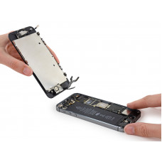 Ремонт iPhone 5S / SE замена дисплея